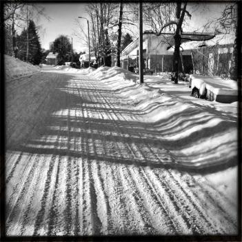 valo, varjo ja luminen tie